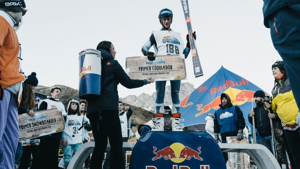 Cheque gigante Red Bull Home Run Formigal