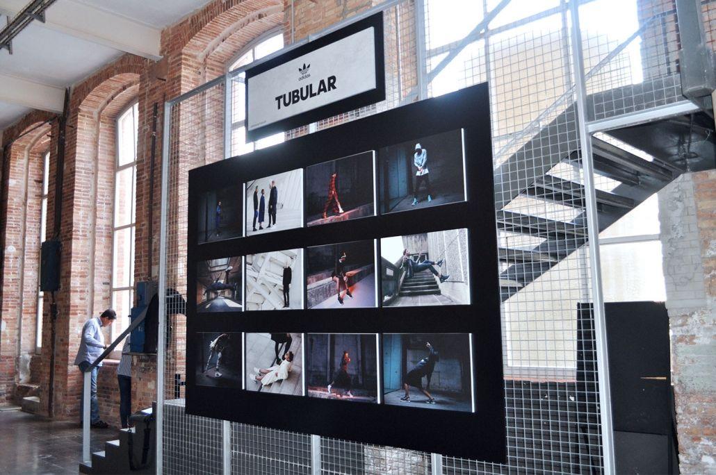 Expositor Tubular Adidas